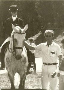 Sissy Max-Theurer mit Mon Cherie und ihrem Ehemann und Trainer Hans